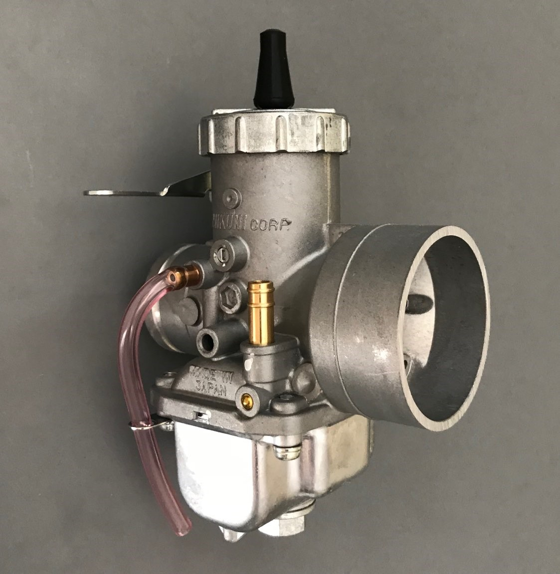 1  VM38-9 Mikuni 38mm Round Slide Carburetor
